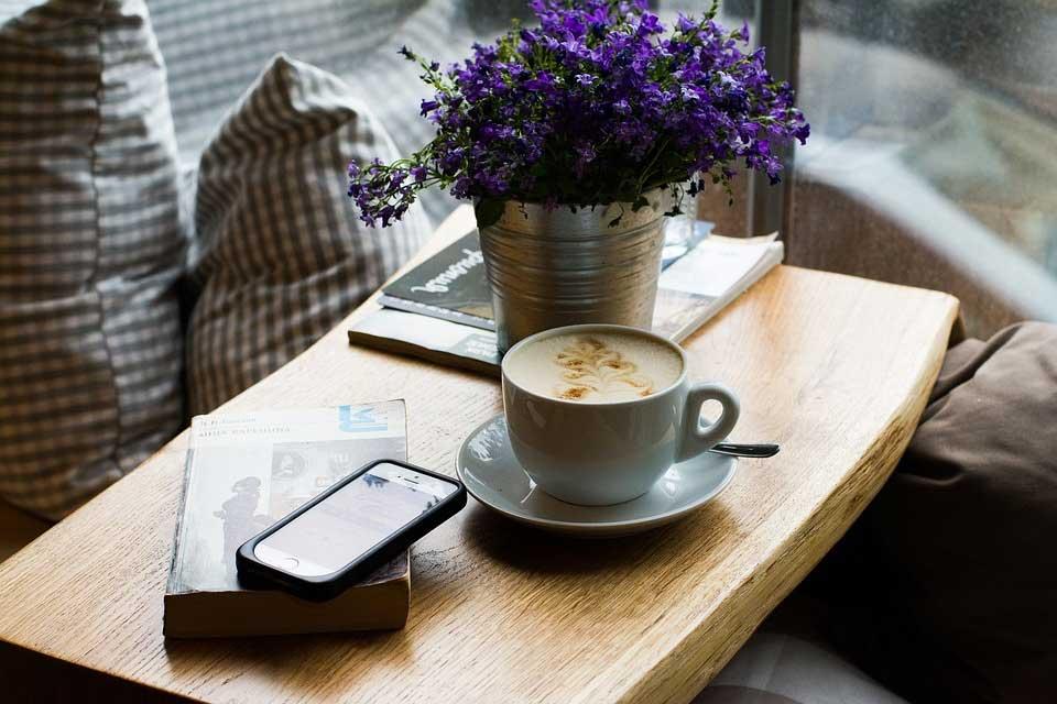 Leggere e raccontare storie di prima mattina